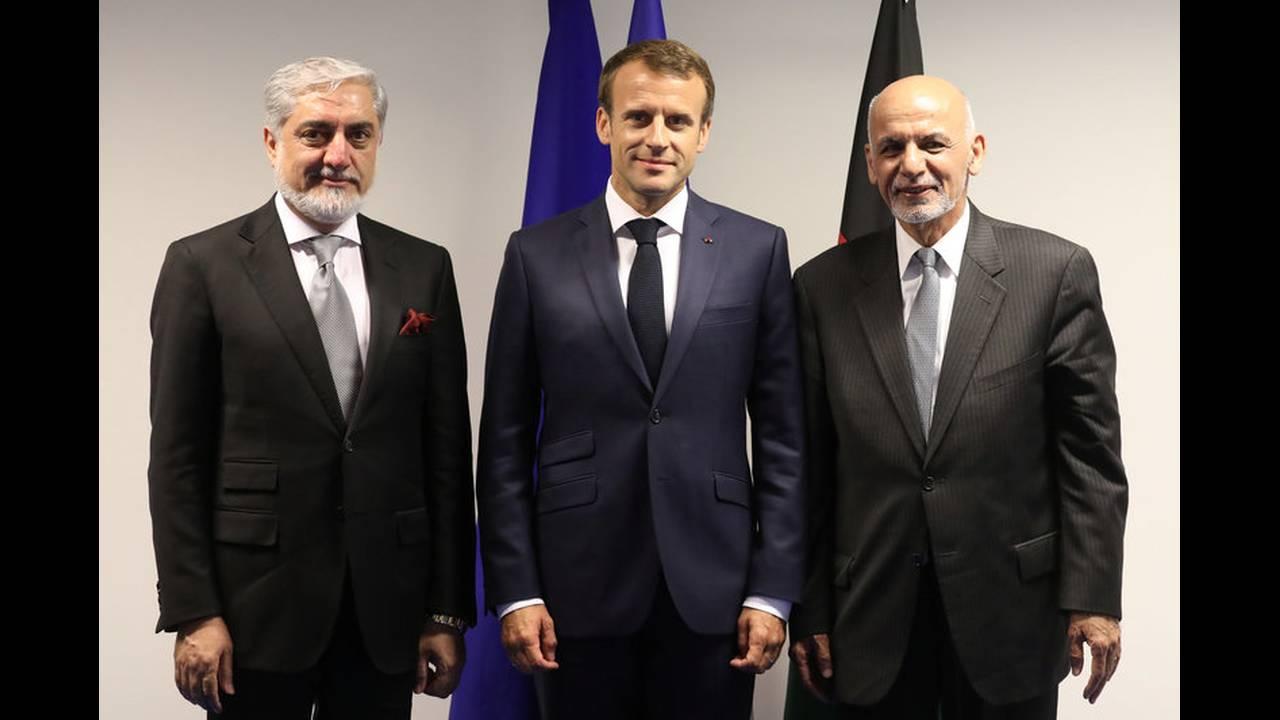 https://cdn.cnngreece.gr/media/news/2018/07/12/138450/photos/snapshot/2018-07-11T163427Z_1915321594_RC1979FE2500_RTRMADP_3_NATO-SUMMIT.jpg