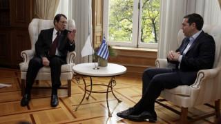 Την Παρασκευή η ενημέρωση Τσίπρα σε Αναστασιάδη για τη συνάντηση με τον Ερντογάν
