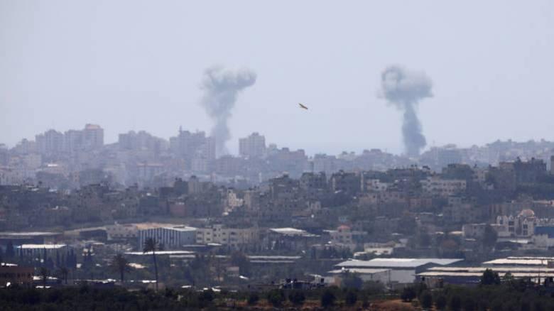 Ισραηλινά μαχητικά και drones βομβάρδισαν τη Γάζα