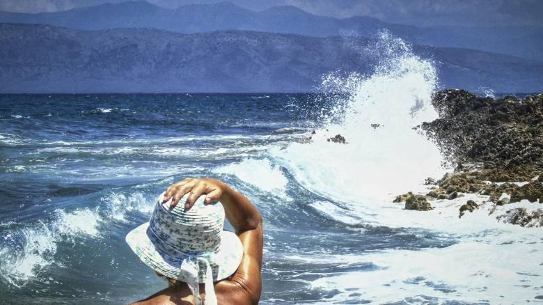 ΟΑΕΔ – Κοινωνικός Τουρισμός: Αυτοί είναι οι πίνακες των δικαιούχων