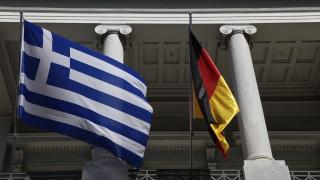 Neues Deutschland: Επίδειξη ισχύος από το Βερολίνο το μπλοκάρισμα της τρίτης δόσης