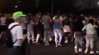 Βίαιες συγκρούσεις στο Σικάγο μετά τον θανάσιμο πυροβολισμό άνδρα από αστυνομικούς