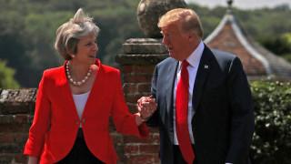 Η Μέι αποκάλυψε τι τη συμβούλευσε ο Τραμπ για το Brexit