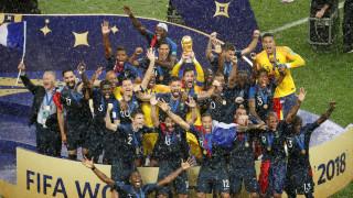 Παγκόσμιο Κύπελλο Ποδοσφαίρου 2018: Έξαλλοι πανηγυρισμοί της Γαλλίας και του.. Μακρόν