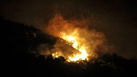 Μάχη με τις φλόγες σε δύο μέτωπα στην Κρήτη