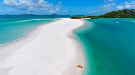 Αυτές είναι οι 10 πιο δημοφιλείς παραλίες στον κόσμο, σύμφωνα με το Instagram