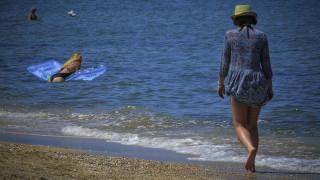 Καιρός: Μπήκε για τα καλά το καλοκαίρι, ανεβαίνει ο υδράργυρος