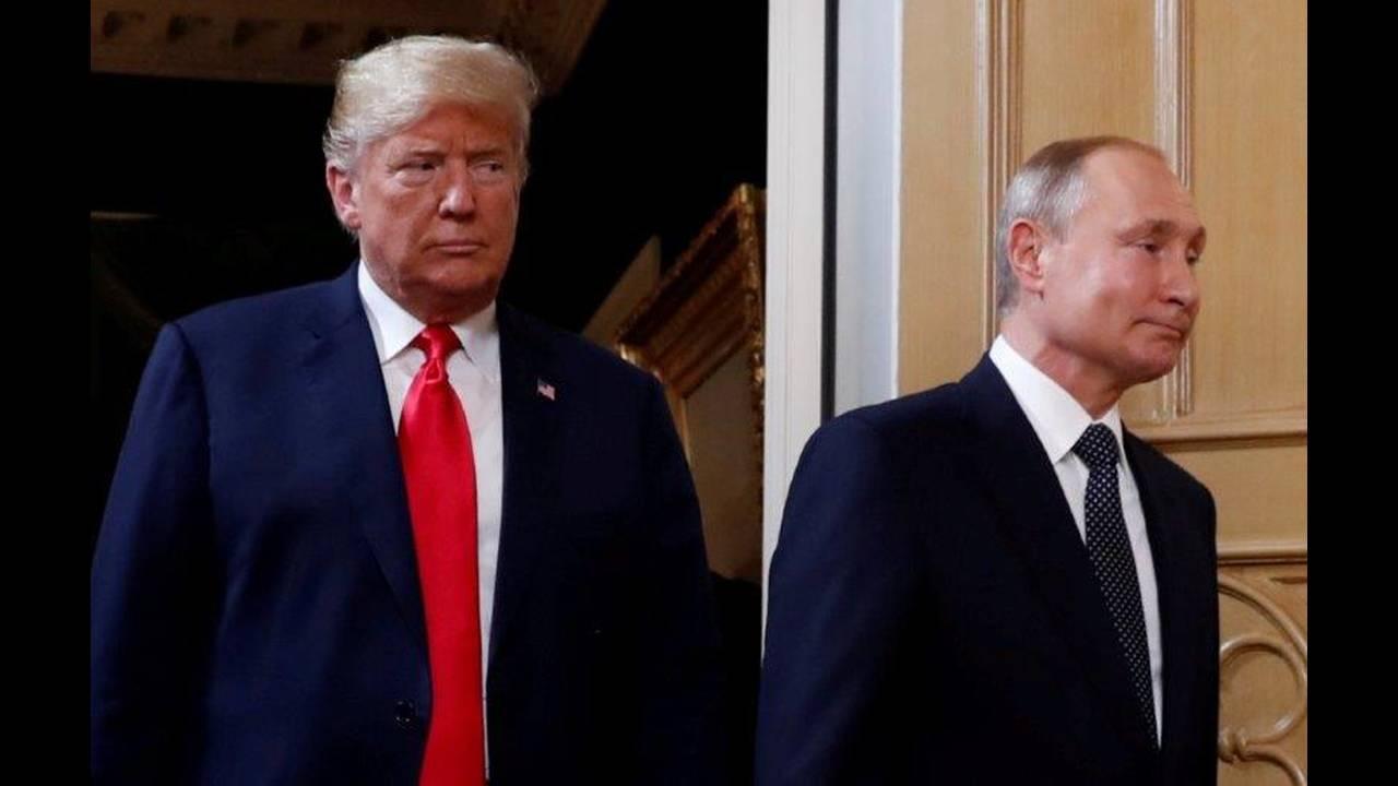 https://cdn.cnngreece.gr/media/news/2018/07/16/138900/photos/snapshot/2018-07-16T112434Z_562315367_RC1F2EDC0910_RTRMADP_3_USA-RUSSIA-SUMMIT.jpg