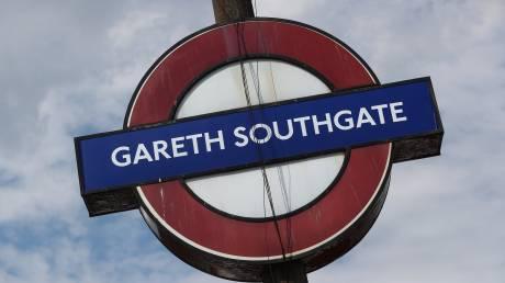 Mind the Gap! Ο Γκάρεθ Σάουθγκεϊτ σταθμός στο μετρό του Λονδίνου