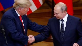 Τι αποκαλύπτει η γλώσσα του σώματος για τη συνάντηση Τραμπ - Πούτιν