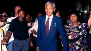 Διεθνής Ημέρα Νέλσον Μαντέλα: Ο εμβληματικός ηγέτης που ένωσε ένα διχασμένο έθνος