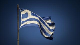 Reuters: Η Ελλάδα ετοιμάζεται να πετάξει μόνη της στις αγορές ομολόγων