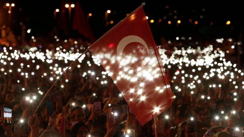 Τουρκία: Η κατάσταση έκτακτης ανάγκης ήρθη, η πολιτική καταστολής συνεχίζεται