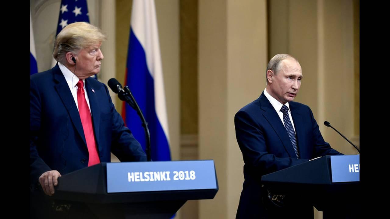 https://cdn.cnngreece.gr/media/news/2018/07/19/139356/photos/snapshot/2018-07-16T152951Z_759485648_RC1507BD4F40_RTRMADP_3_USA-RUSSIA-SUMMIT.jpg