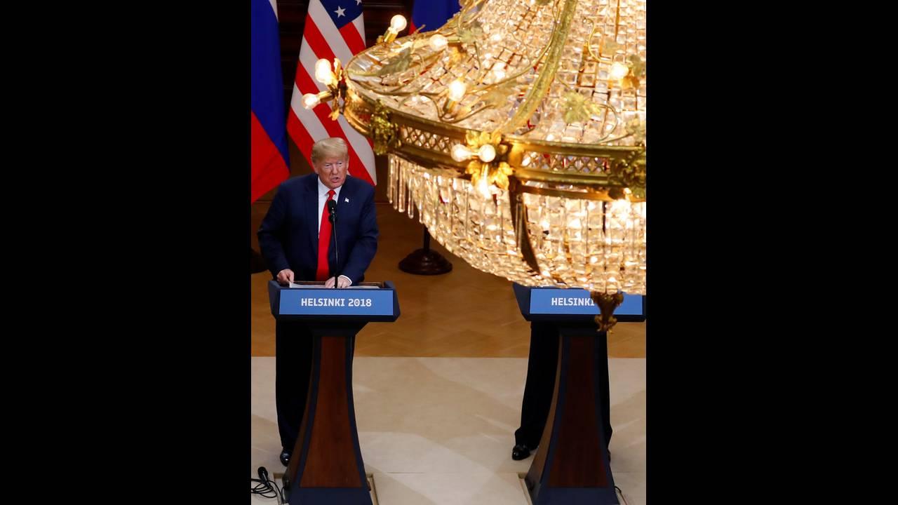 https://cdn.cnngreece.gr/media/news/2018/07/19/139356/photos/snapshot/2018-07-16T153450Z_1777356988_RC1ACB725C40_RTRMADP_3_USA-RUSSIA-SUMMIT.jpg