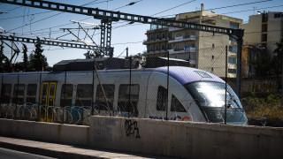 Αναστέλλονται οι απεργιακές κινητοποιήσεις στον σιδηρόδρομο