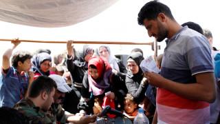 Συνεργασία για την επιστροφή των Σύρων προσφύγων προτείνει η Ρωσία στις ΗΠΑ