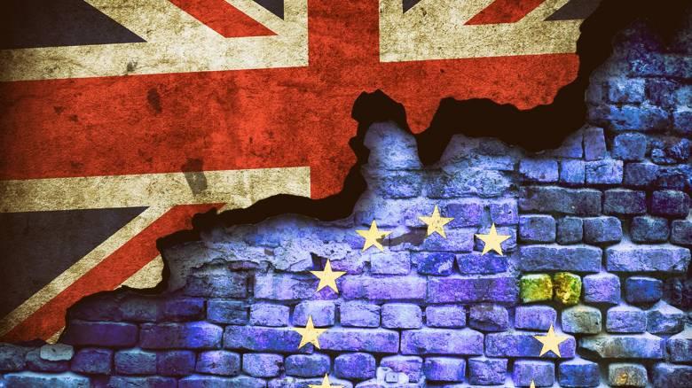 Προειδοποιήσεις Κομισιόν για το Brexit: «Προετοιμαστείτε για κάθε σενάριο»