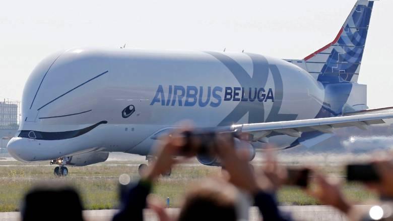 Beluga XL: Παρθενική πτήση για τη θηριώδη «ιπτάμενη φάλαινα» της Airbus