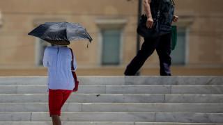 Καιρός: Βροχές, σκόνη και υψηλές θερμοκρασίες τη Δευτέρα