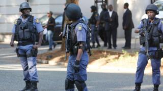 Δολοφονία 11 οδηγών ταξί την ώρα που επέστρεφαν από κηδεία