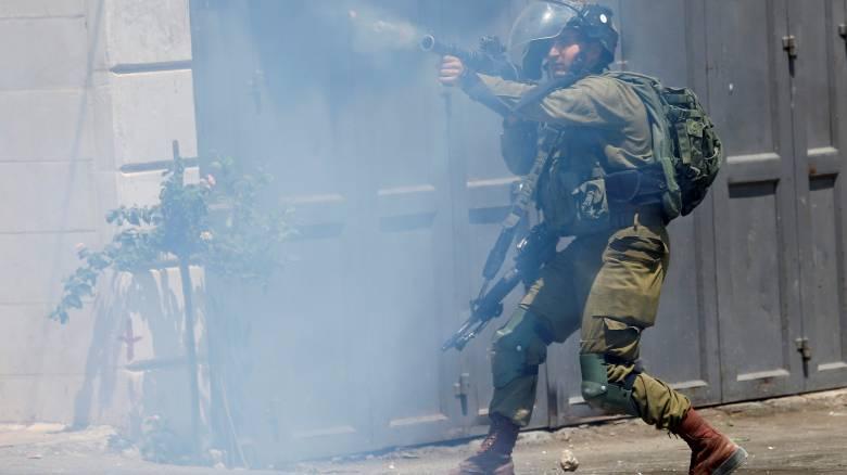 Ισραηλινοί στρατιώτες σκότωσαν έναν Παλαιστίνιο έφηβο