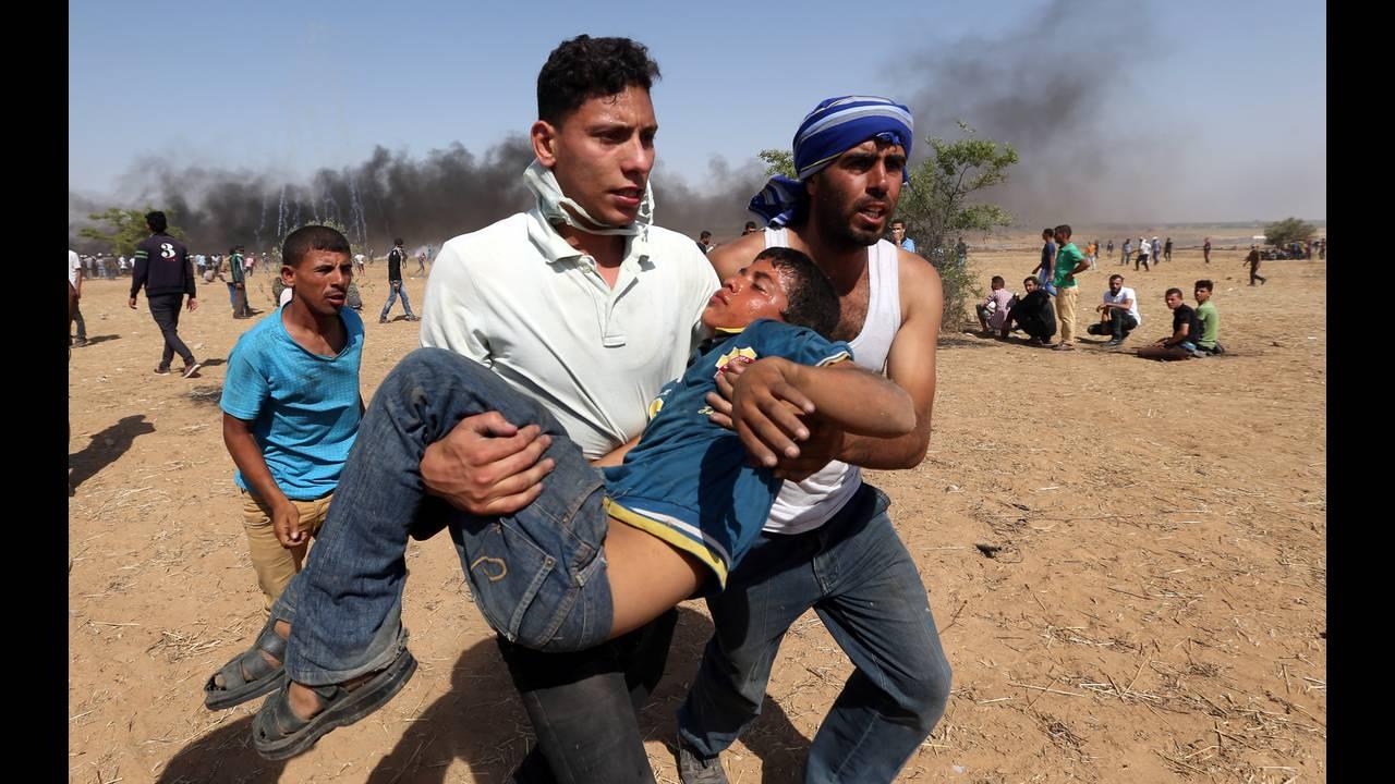 https://cdn.cnngreece.gr/media/news/2018/07/23/139742/photos/snapshot/2018-06-08T140225Z_493592421_RC1DC5C1B3A0_RTRMADP_3_ISRAEL-PALESTINIANS-PROTESTS.jpg