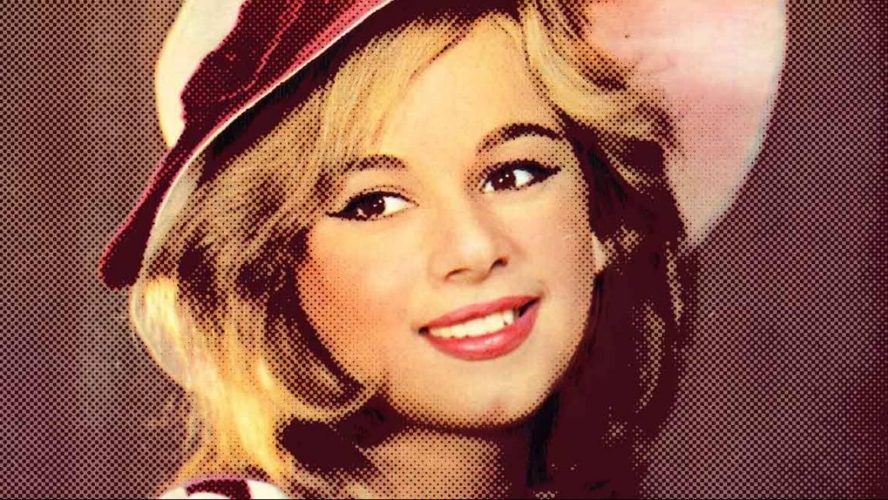 Αλίκη: 22 χρόνια μετά το θάνατό της εξακολουθεί να είναι το πιο λαμπρό αστέρι (vids)