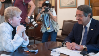 Την ετοιμότητά του για επανέναρξη των συνομιλιών εξέφρασε ο Αναστασιάδης στην απεσταλμένη του ΟΗΕ