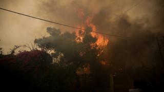 Φωτιά Κινέτα: Σε ετοιμότητα οι Ένοπλες Δυνάμεις για να συνδράμουν στην κατάσβεση