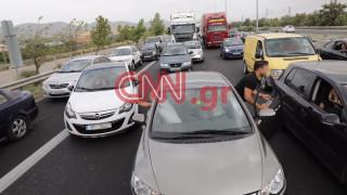 Φωτιά Κινέτα: Οδηγοί εμποδίζουν την πρόσβαση στη ΛΕΑ