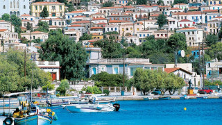 Οι Οινούσσες είναι το πιο μαγικό σύμπλεγμα νησιών του Αιγαίου