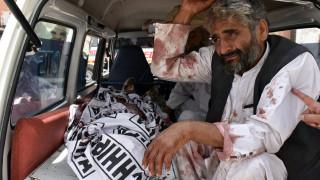 Πακιστάν: Τουλάχιστον 30 νεκροί στην επίθεση αυτοκτονίας με την υπογραφή ISIS