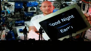 Γαλαξιακή συμμαχία: από τον Διεθνή Διαστημικό Σταθμό σε συναυλία των Kraftwerk (vid)