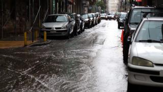 Ισχυρή καταιγίδα στην Αθήνα - Έκτακτο δελτίο της ΕΜΥ