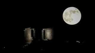 Ολική έκλειψη της ματωμένης σελήνης σήμερα (infographic)