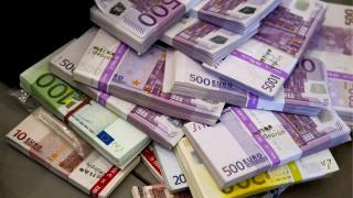 Η ΕΚΤ απέσυρε 301.000 πλαστά χαρτονομίσματα του ευρώ