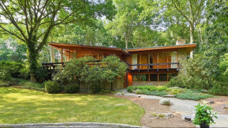 Moby: πουλάει σπίτι $1,3 εκατ. για να κάνει δωρεές & ακτιβισμό