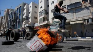 Συγκρούσεις Ισραηλινών με Παλαιστίνιους – Η αστυνομία απέκλεισε την πρόσβαση στην πλατεία Τεμενών