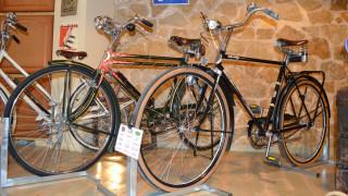 Ορθοπεταλιές στο... παρελθόν: Η 4η έκθεση Κλασικού Ποδηλάτου στα Χανιά