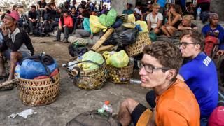 Ινδονησία: Τεράστια επιχείρηση απεγκλωβισμού εκατοντάδων εγκλωβισμένων