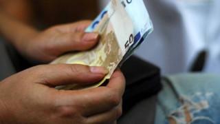 Βοήθημα ανεργίας ύψους 360 ευρώ: Ποιοι είναι οι δικαιούχοι
