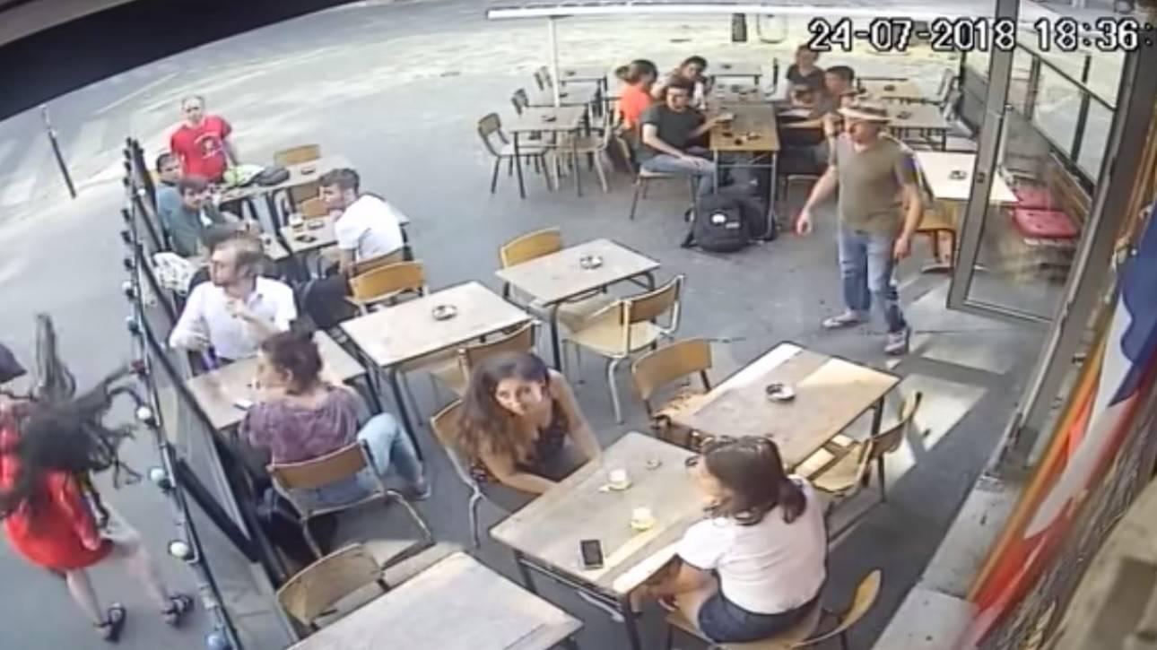 Οργή στη Γαλλία: Άνδρας παρενόχλησε και χαστούκισε κοπέλα