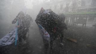 Χιλή: Σφοδρές συγκρούσεις μεταξύ διαδηλωτών και αστυνομίας στο Σαντιάγκο
