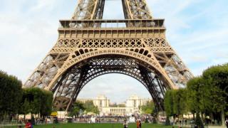 Γαλλία: Άνοιξε ξανά για το κοινό ο Πύργος του Άιφελ