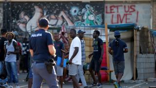 Σάλος στην Ιταλία: Ρατσιστική επίθεση εναντίον Σενεγαλέζου στη Νάπολη
