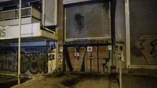 Καρέ καρέ η επίθεση του Ρουβίκωνα στο υπουργείο Υποδομών