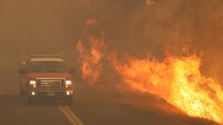 «Σε κατάσταση μεγάλης καταστροφής» η Καλιφόρνια λόγω πυρκαγιών