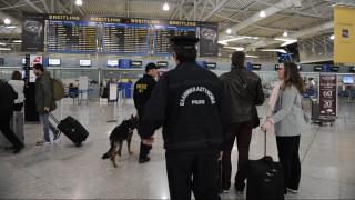 Συλλήψεις δεκάδων αλλοδαπών στα αεροδρόμια της Κρήτης για πλαστά διαβατήρια