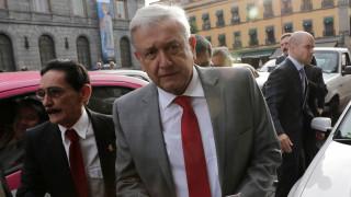 Ομπραδόρ: Κανείς δεν θα απειλεί το Μεξικό πως θα υψώσει τείχος